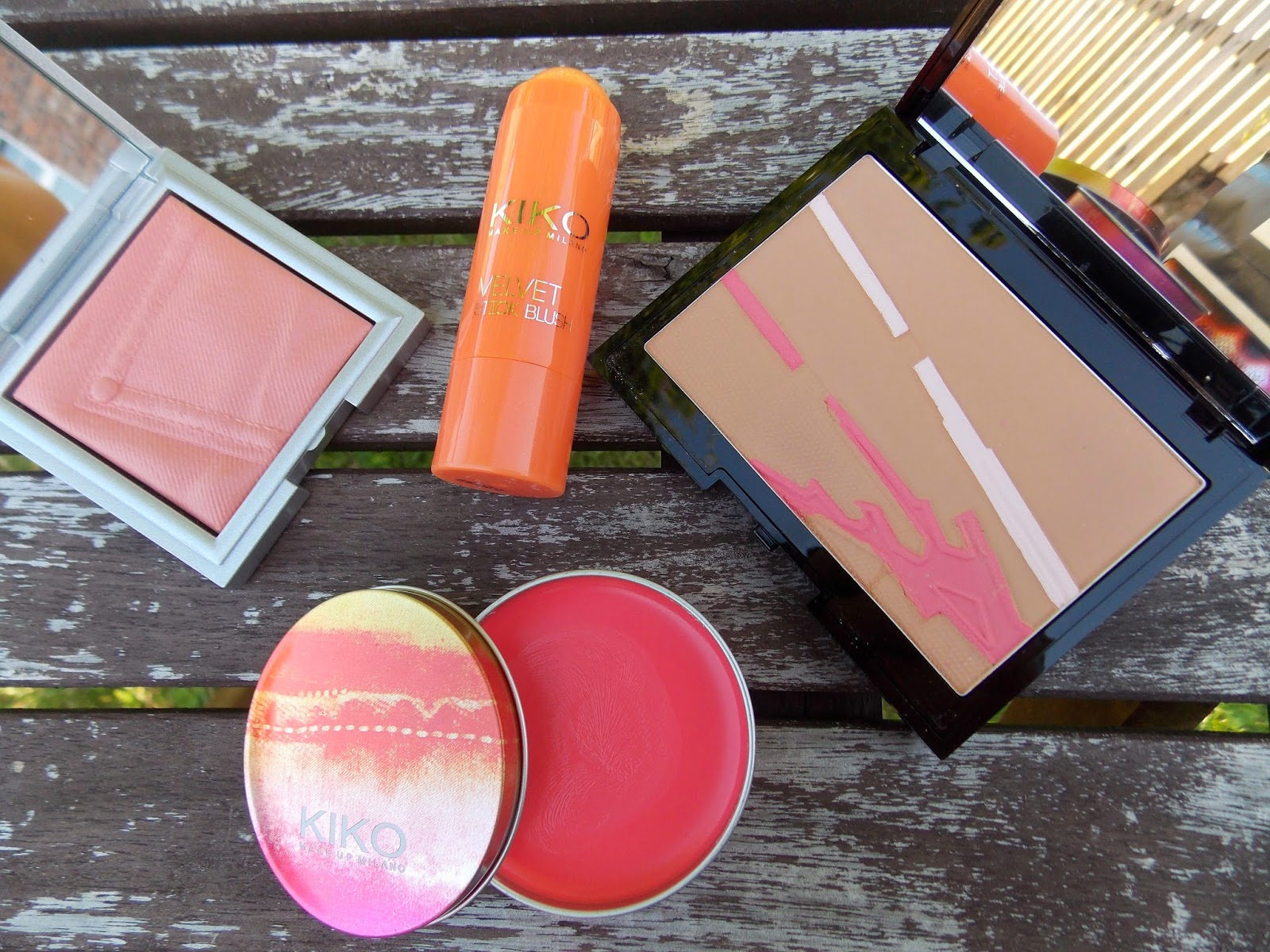 Kiko Rock Attraction Blush in 05 Sound Coral, Kiko Velvet Stick Blusher in 01 Charming Peach, Kiko Loud Night Bronzer in 02 Silky Mat Tan, Kiko Glow Lips & Cheeks in 102 Wave Hibiscus
