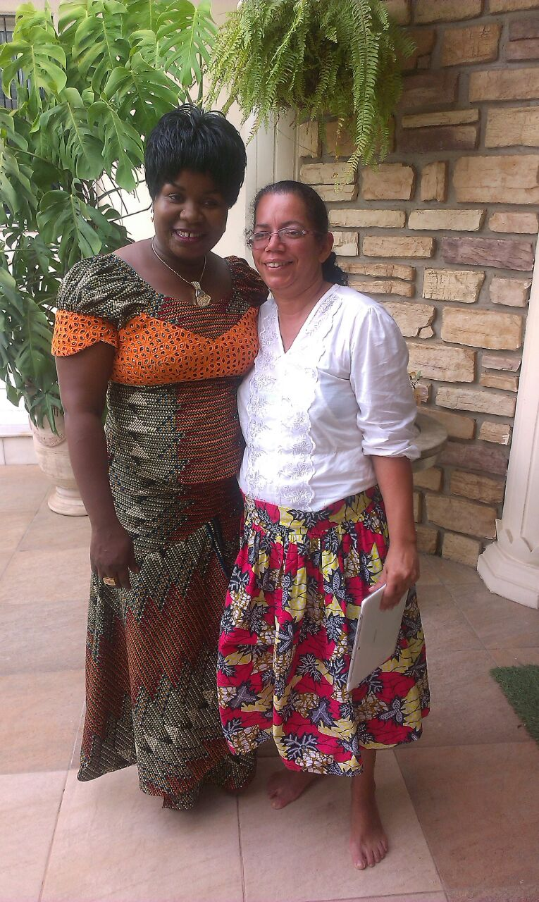 Foto Missionária Andréia e Irmã Sofia ( Cantora em Angolana).