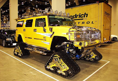Yellow Hummer Modifaction Tire Replace Tank - Hummer Cars Modification wallpaper