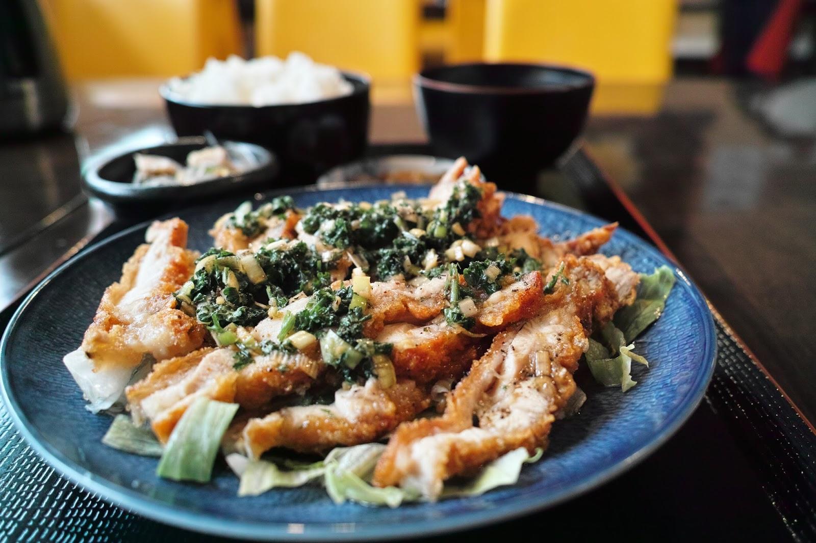 中国家庭料理 餃子王 馬出店