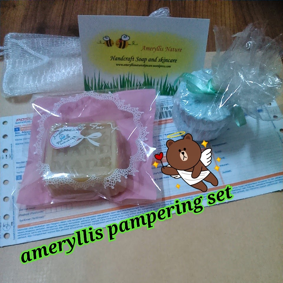 ameryllis pampering set bath bomb and goat milk soap