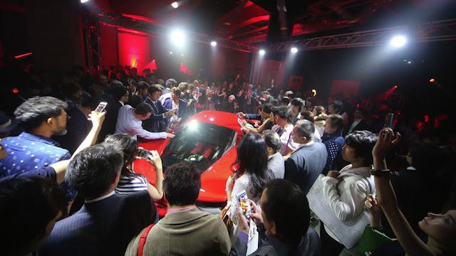 フェラーリ488GTBが日本上陸!ジャパンプレミアの様子も公開