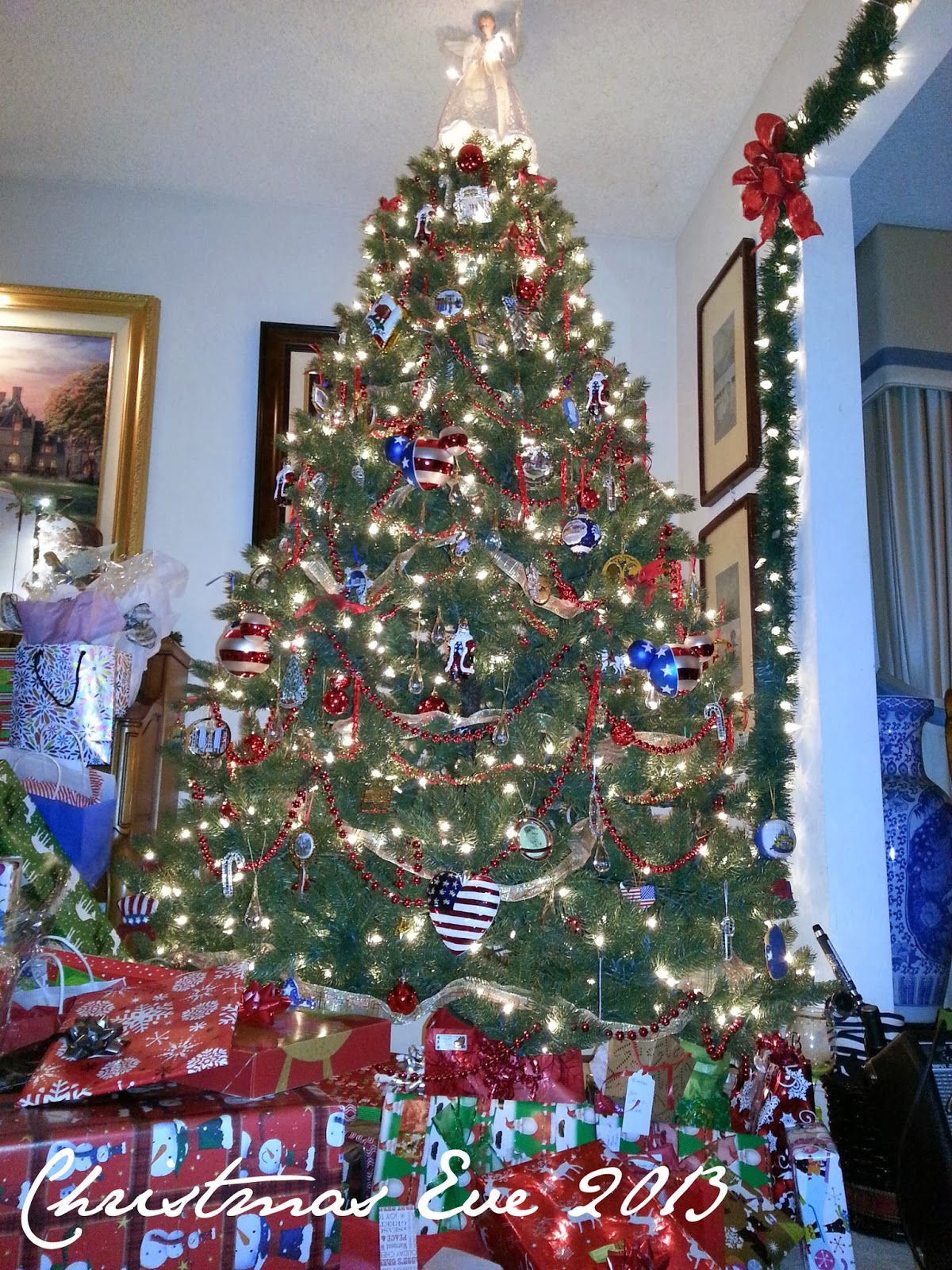 Patriotic Christmas tree - The Tipsy Terrier blog