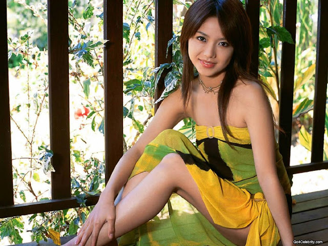 Yu Hasebe Sexy Look