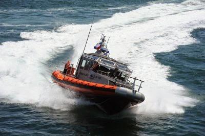 http://www.infodefensa.com/latam/2014/09/26/noticia-chile-busca-material-electronico-embarcaciones-patrulla.html