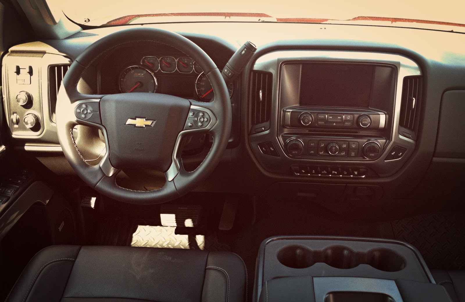 2014 Chevrolet Silverado HD LT interior