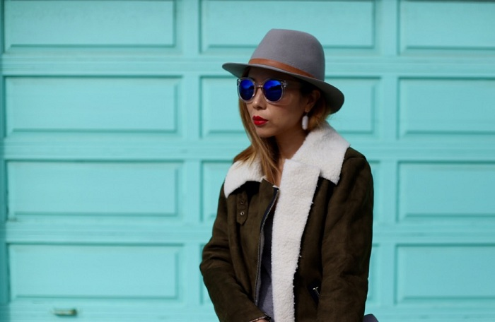 Joa suede olive moto jacket, gigi new york carly clutch, christian louboutin so kate heels, hat attack hat, kendra scott earrings, marc jacobs sunglasses, street style, san francisco, fashion blog, sf street style