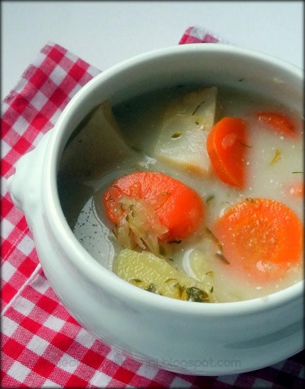zupa ogórkowa, zupa z kiszonych ogórków