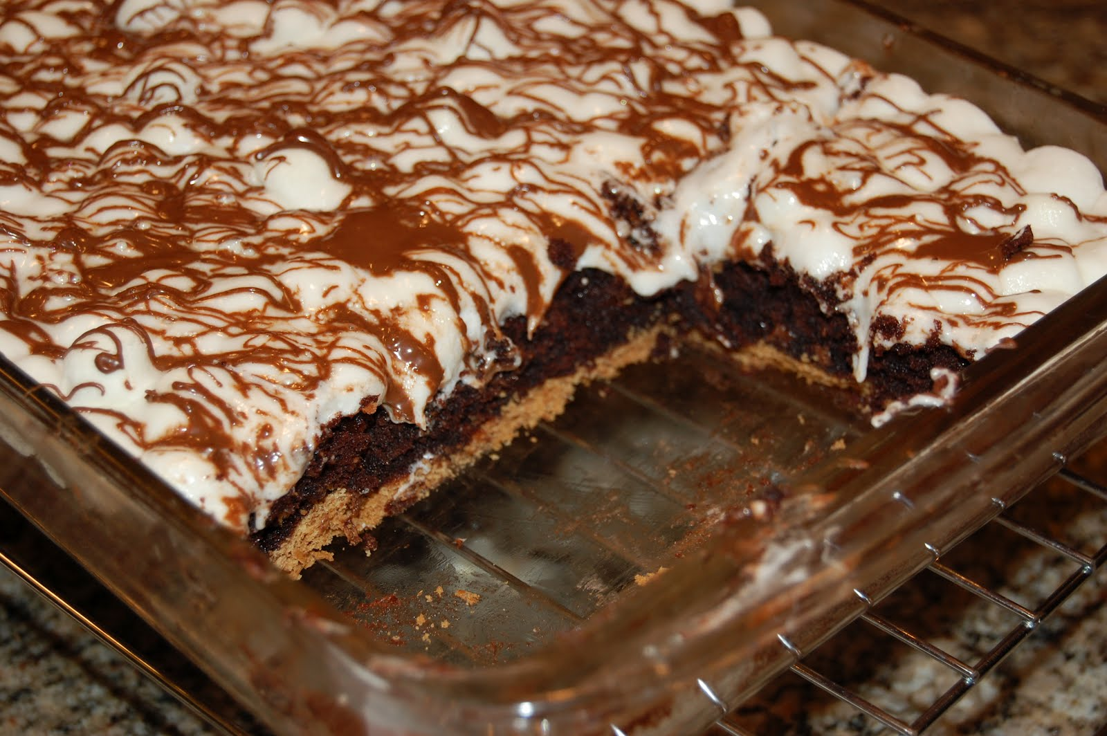 The most simple and most amazing S'mores brownies