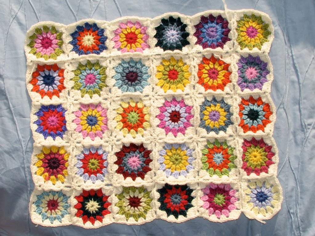 Labels granny square , granny square patterns |