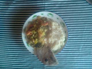 Curry de verduras con couscous
