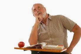 estudante idoso