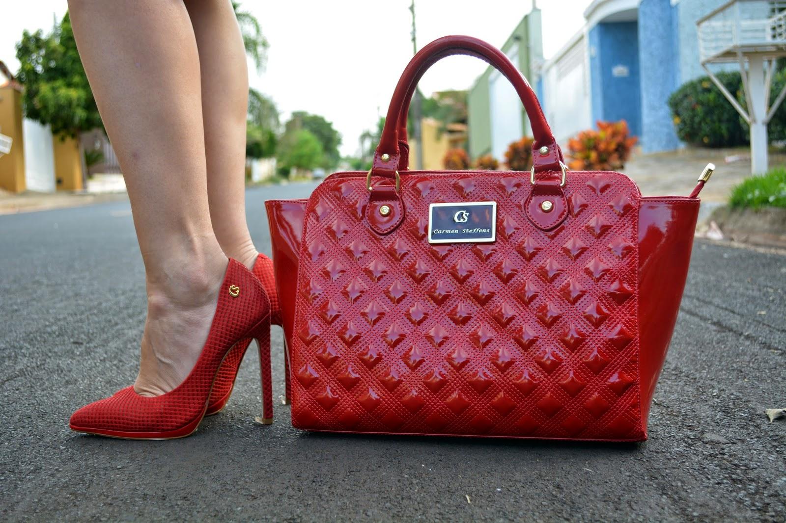 Bolsa Dourada Com Vestido Vermelho : Camila andrade hit vermelho a cor do outono que
