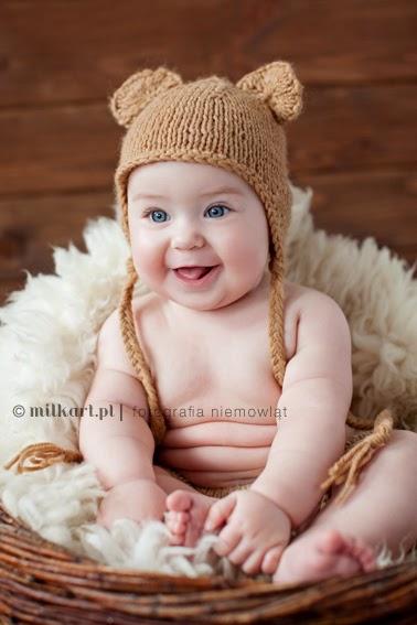 sesja zdjęciowa niemowląt, fotografia niemowlęca, sesje fotograficzne dziecka w poznaniu, studio milkart, fotograf dziecięcy