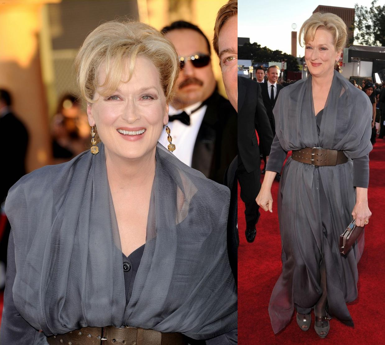 http://1.bp.blogspot.com/-eF3-hvaku5U/TyaJJW2EWxI/AAAAAAAAEmQ/jC3eADsYrcQ/s1600/Meryl+Streep+In+Vivienne+Westwood+-+2012+Screen+Actors+Guild+Awards.jpg