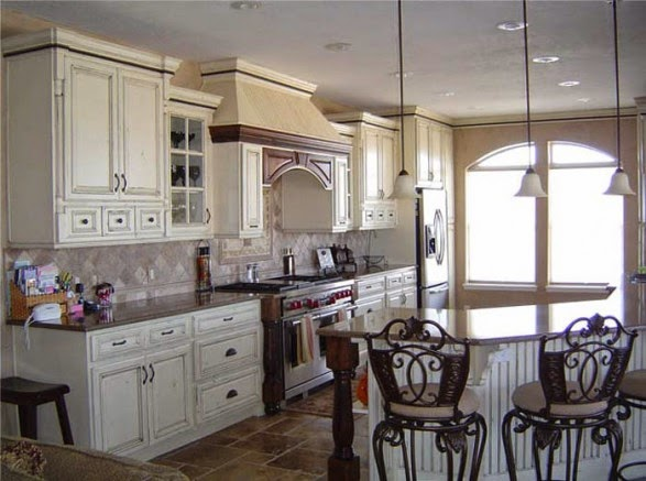 The best interior design french country style kitchen for Old country style kitchen