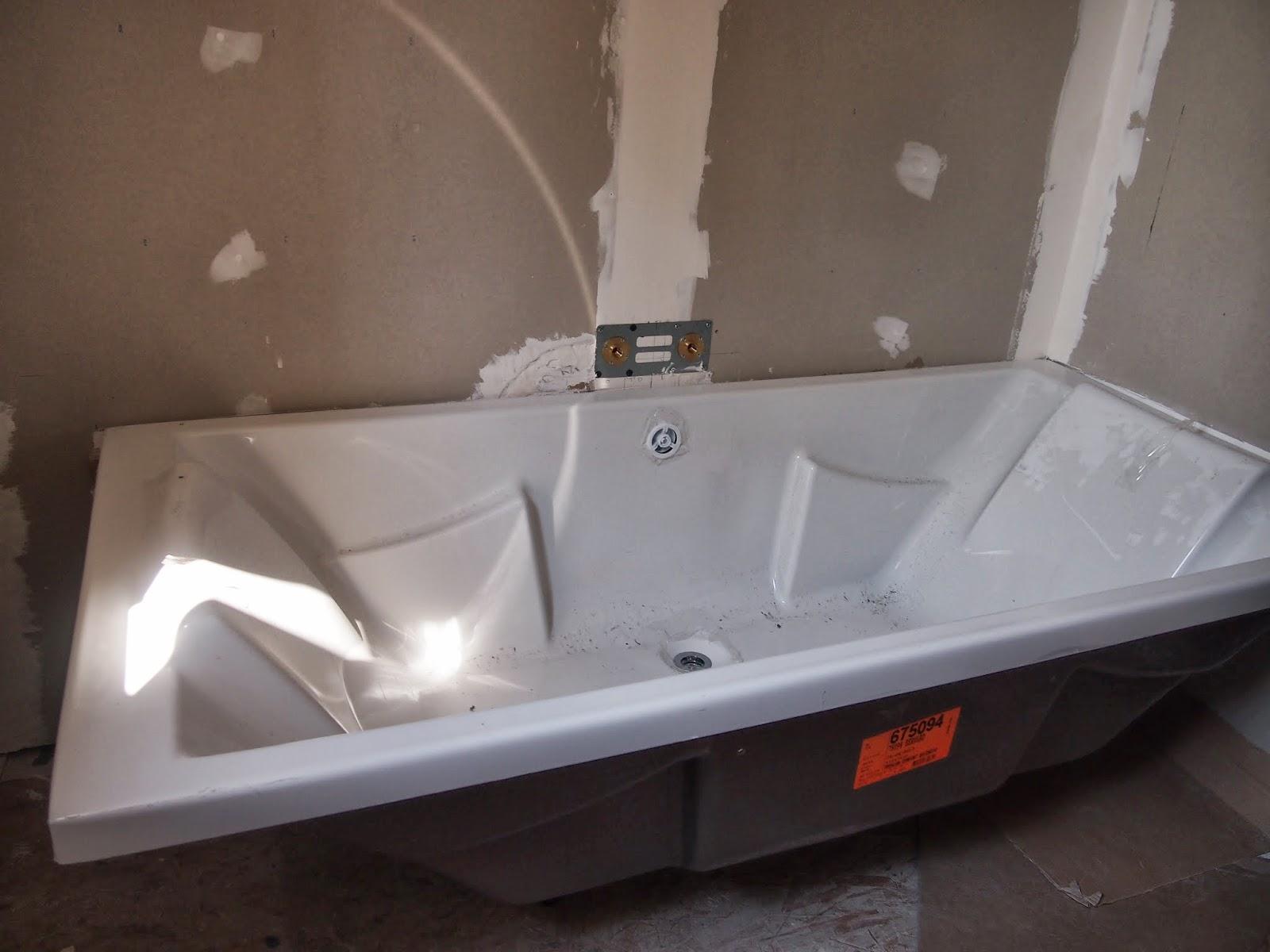 notre nid au paradis salle de bain familiale. Black Bedroom Furniture Sets. Home Design Ideas