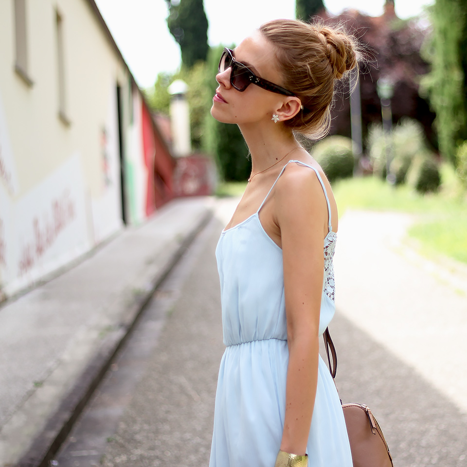 baby blue maxi dress, summer outfit, high bun