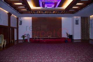 SP grand days trivandrum banquet hall stage