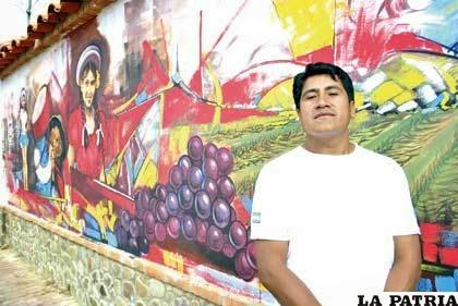 """""""Vendimia chapaca"""" mural de Wilson Zambrana conquistó Concepción"""