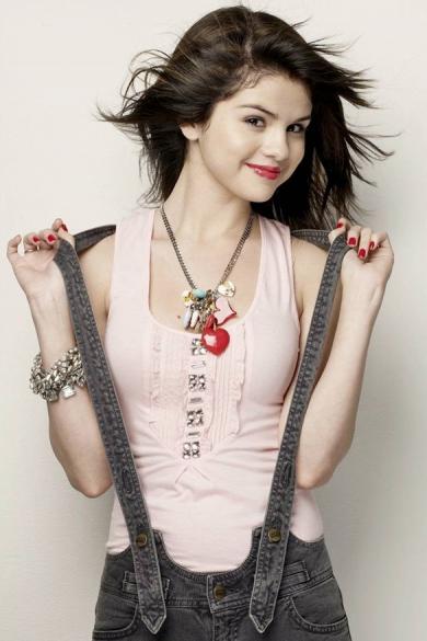 Koleksi Foto Selena Gomez Cantik