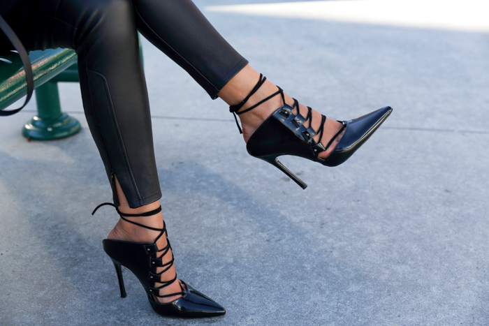 TOPSHOP PERFECT GHILLIE COURTS Pumps