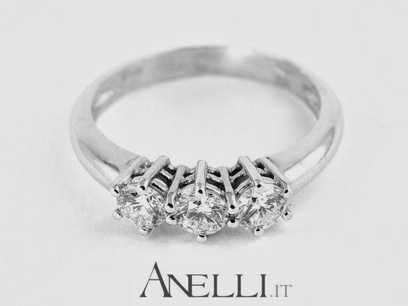 Anello Trilogy con Diamanti 0,78 carati