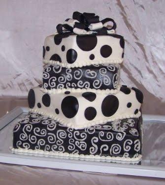 Elegant black and white wedding cakes