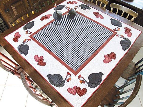 toalha-de-mesa - galinhas - patchwork - patch-apliqué