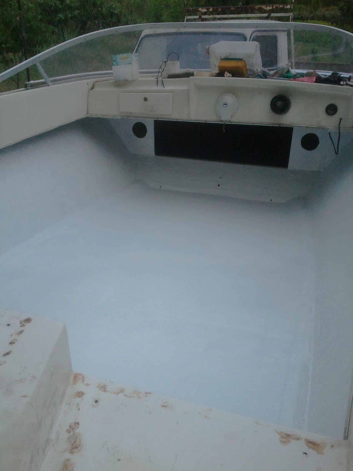 restauration bateau riamar 490 evinrude 60 vro r sine sur le support moteur gel coat. Black Bedroom Furniture Sets. Home Design Ideas