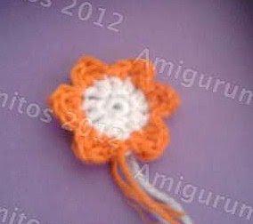 flor_naranja_crochet