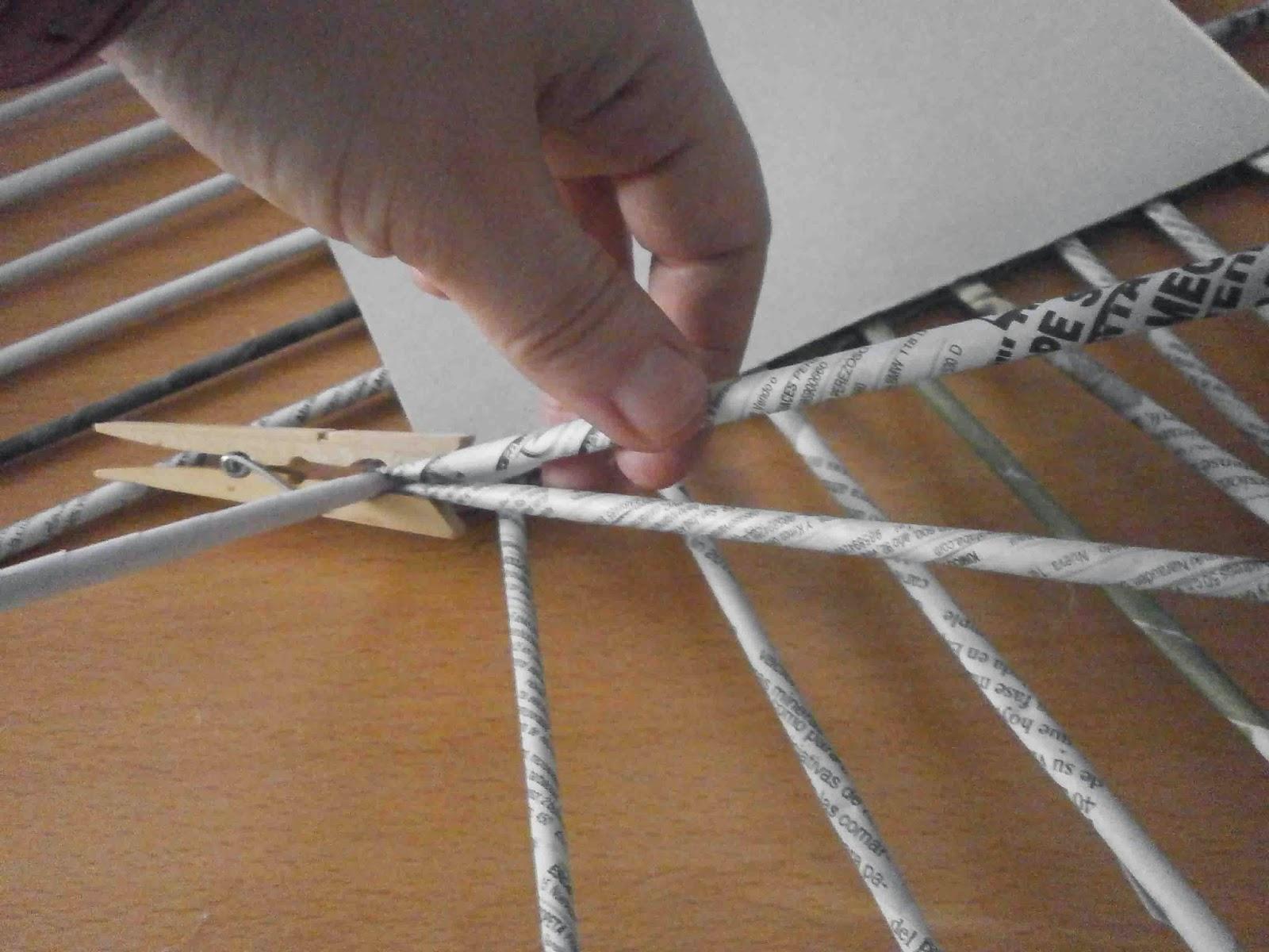 Manualidades herme diy como hacer una cesta de papel de - Como hacer cosas de papel paso a paso faciles ...