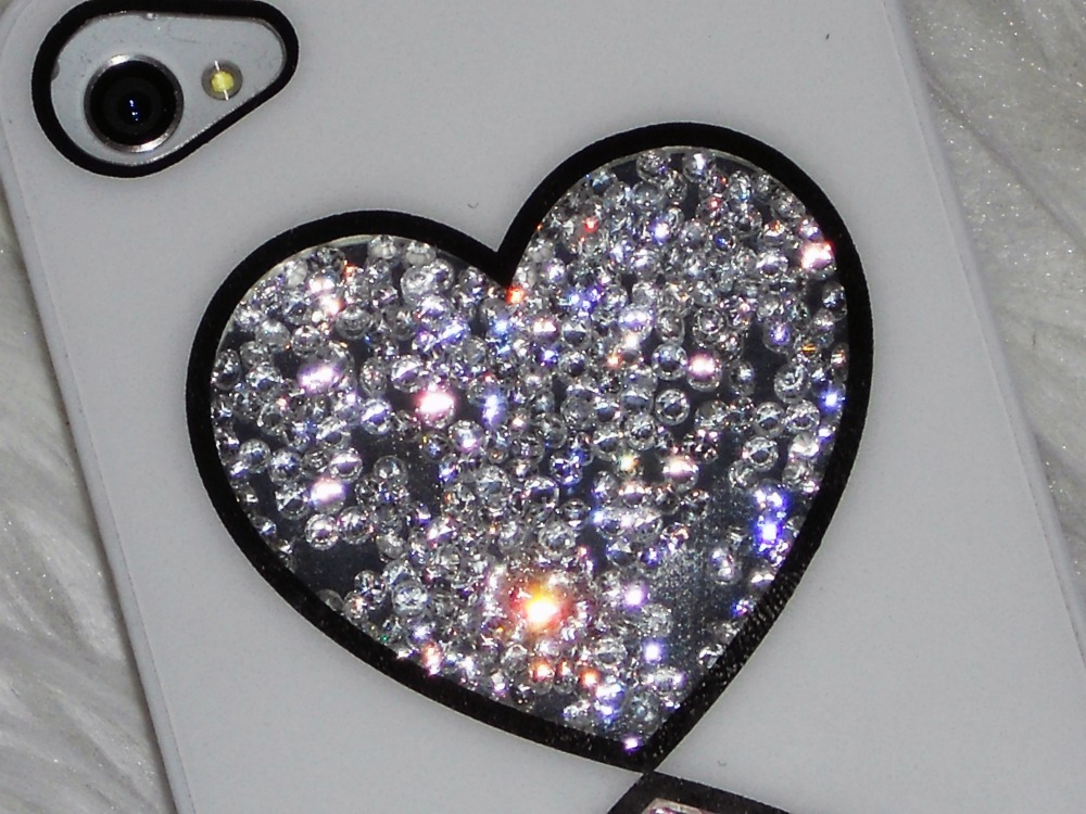 Born Pretty Store Rhinestones Glitter Love Heart Design