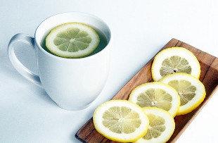 Sihat Di Pagi Hari Dengan Lemon Dan Air Suam