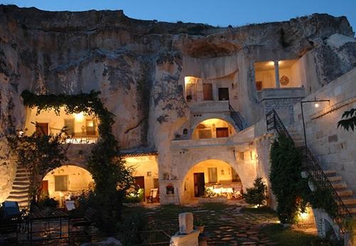 Hotel Paling Unik di Dunia
