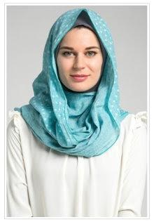 Contoh Desain Hijab Modern Untuk Kuliah Terpopuler