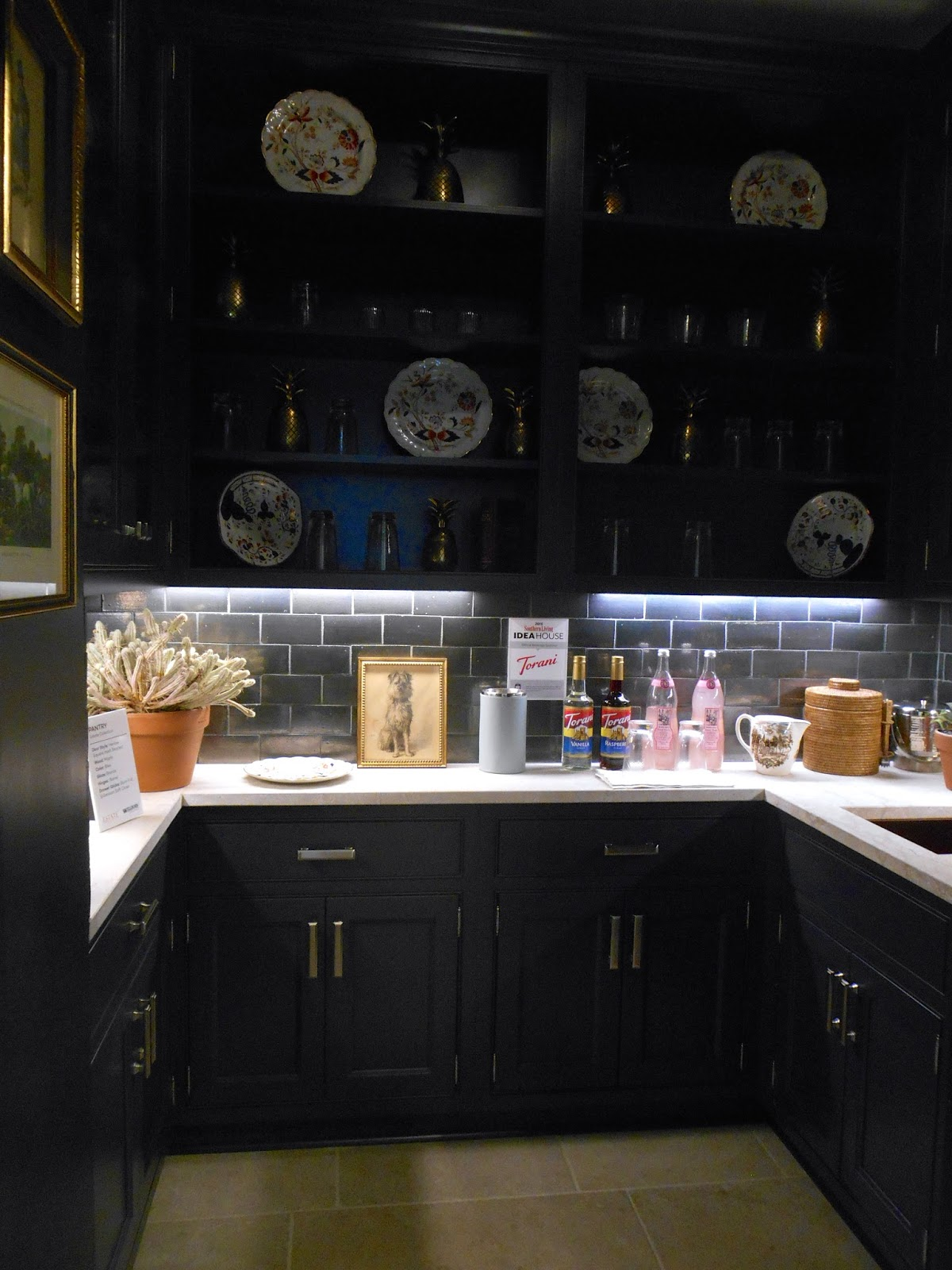 my notting hill fab butler 39 s pantry. Black Bedroom Furniture Sets. Home Design Ideas