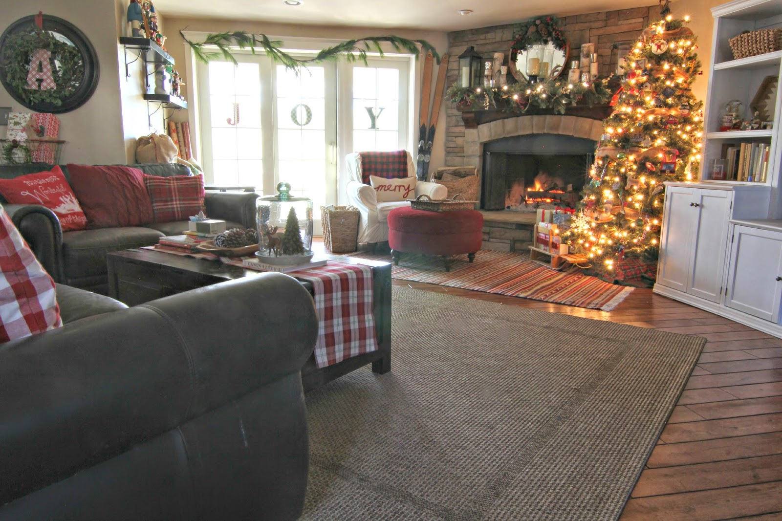 golden boys and me our christmas family room