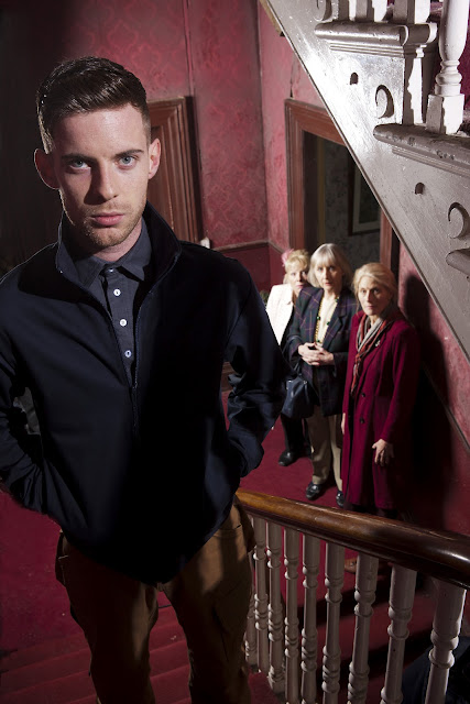 Luke Treadaway, Anna Calder-Marshall, Gemma Jones, Geraldine James