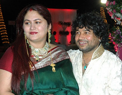 Kailash Kher with wife