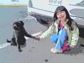 Niña y perrito