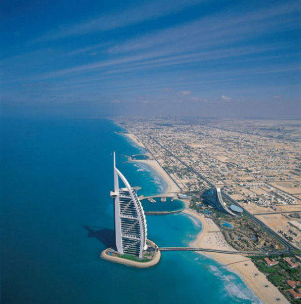 World visits burj al arab inside ocean for The sail hotel dubai