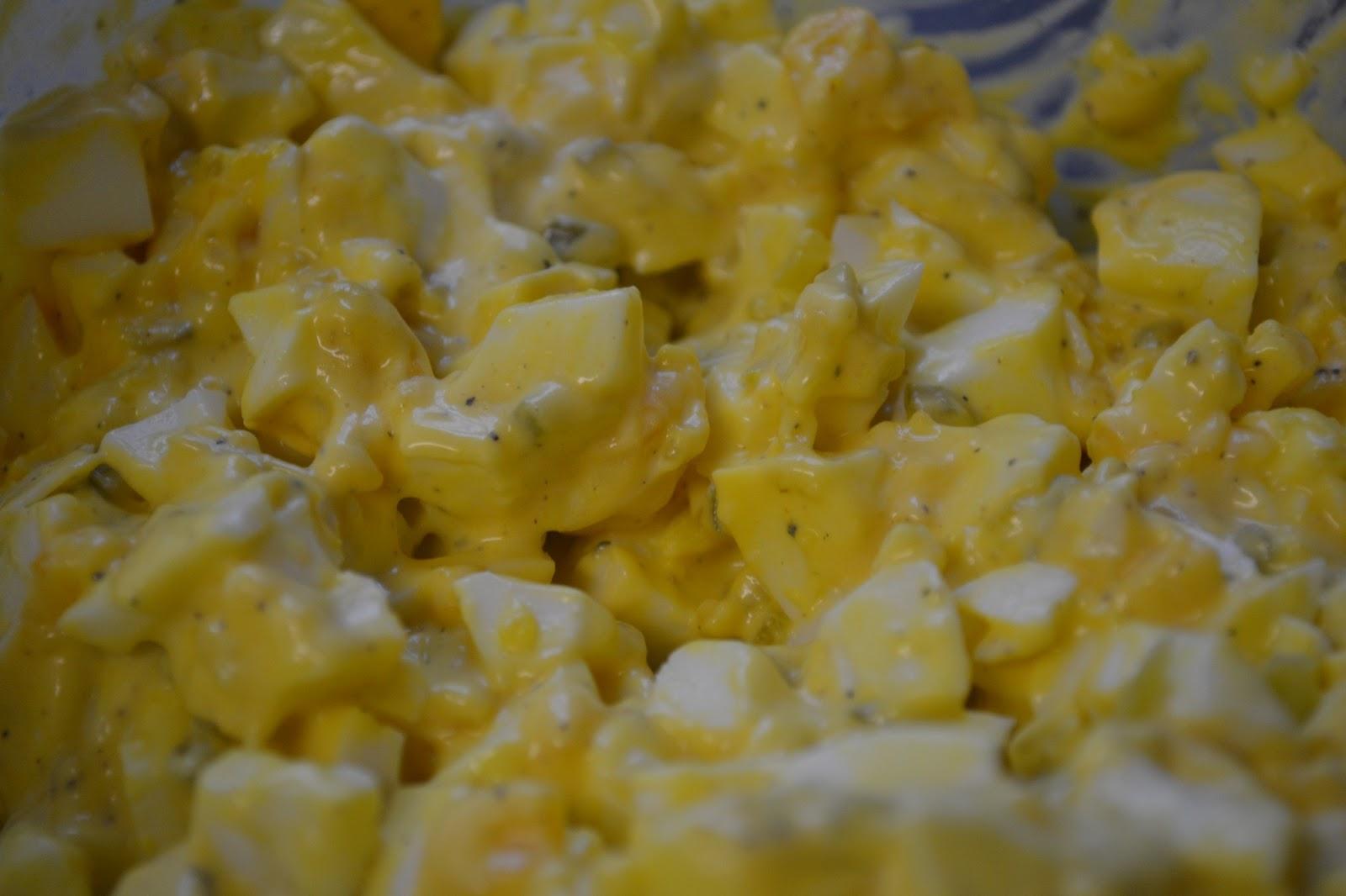 easy salad easy cobb salad easy poached egg salad tuna salad sandwich ...