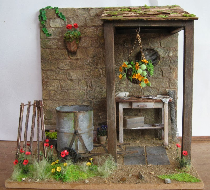 Potting sheds sheds and shed kits on pinterest for Mini potting shed