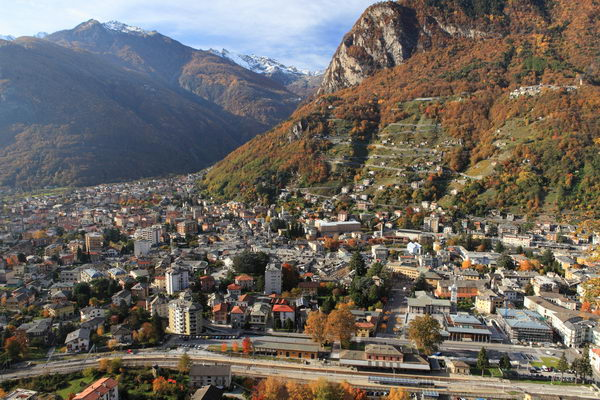 Chiavenna Italy  city images : transpress nz: Chiavenna town and station, Italy