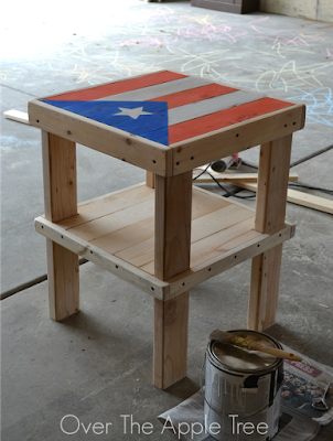 DIY Flag Table >> Over The Apple Tree