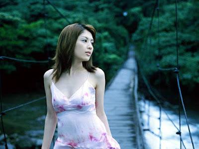 Japanese star Rei Yoshii Wallpapers