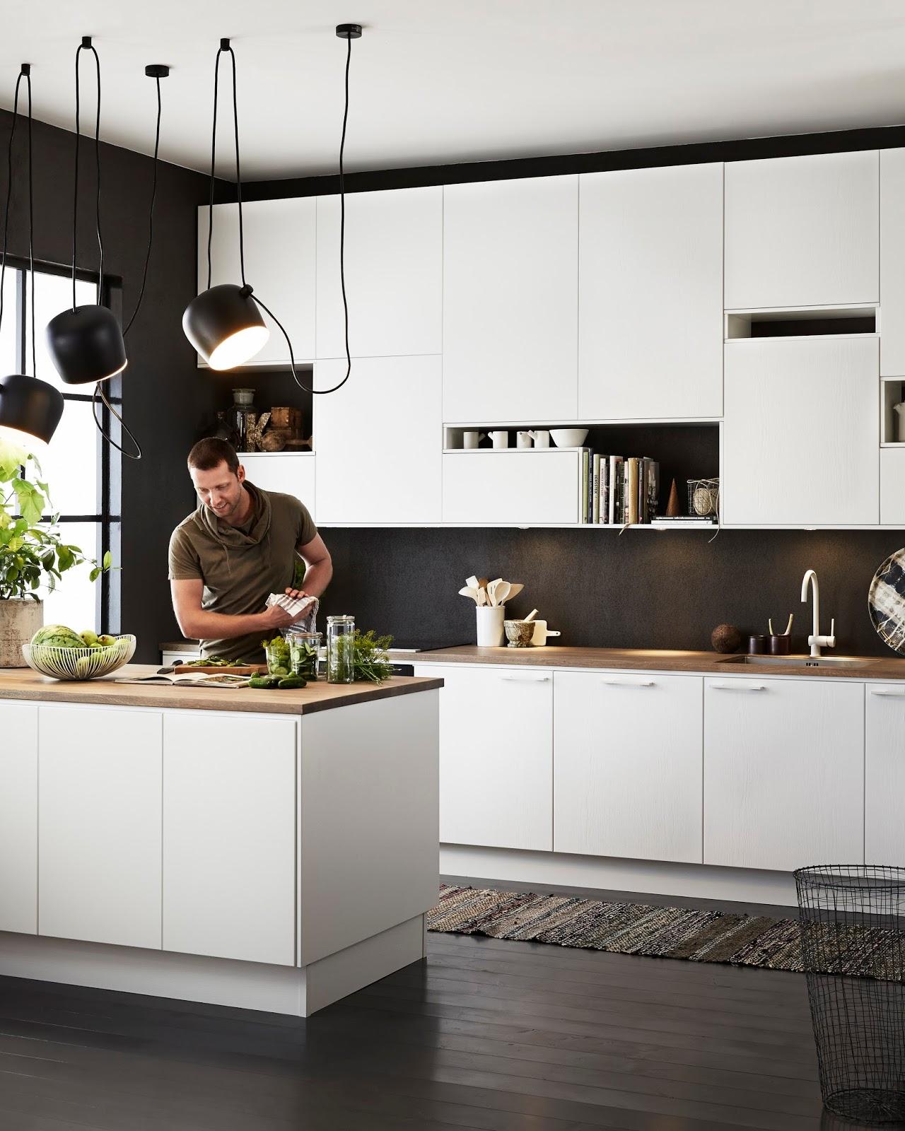 #829635 COZINHA BRANCA NO FUNDO PRETO 1280x1600 px Projetos De Casas Com Cozinha Nos Fundos #187 imagens