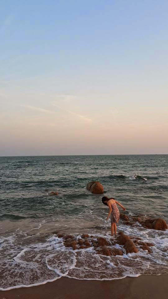 Người đẹp Châu Dương đi tắm biển 5