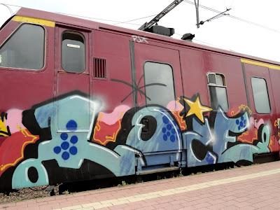 LOIE graffiti